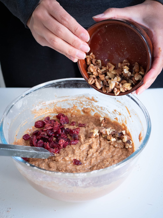 mettre les noix dans la préparation