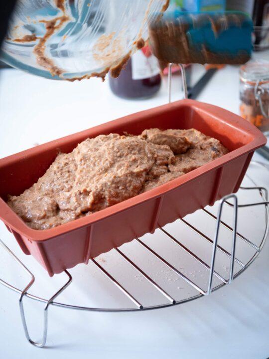 mettre la préparation dans un moule a cake