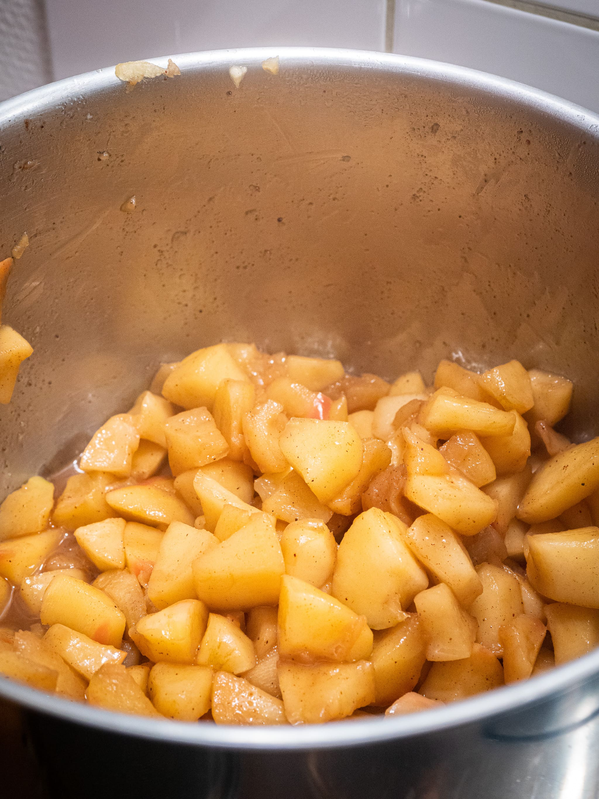faire cuire les pommes 10 à 15 minutes